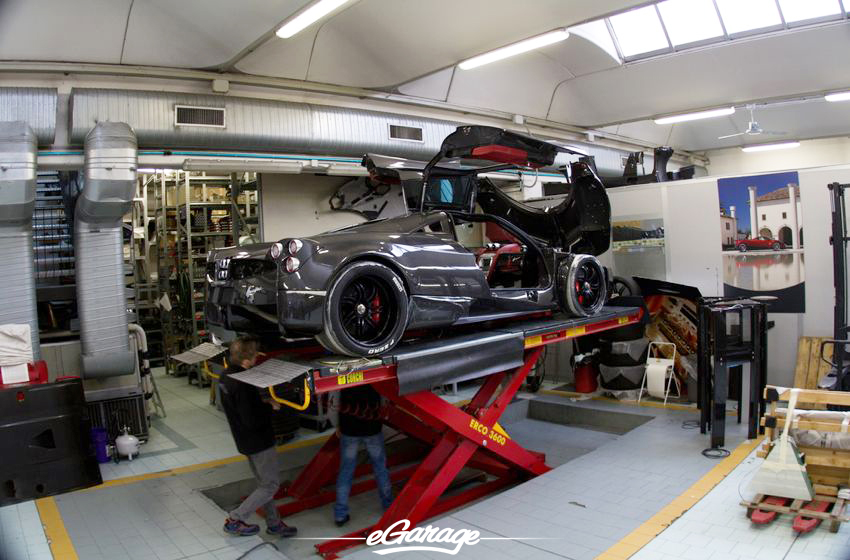 Pagani Huayra Carbon body Pagani Factory