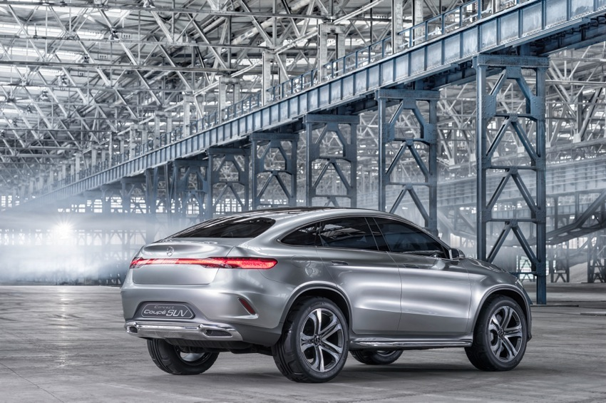 14C304 46 Mercedes Benz Concept Coupe SUV