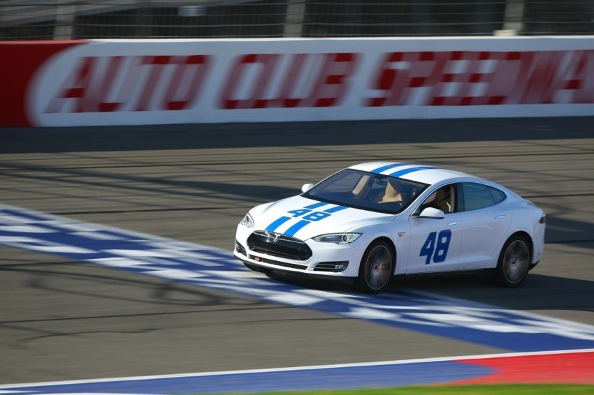 48 Tesla Auto Club Speedway 1 Tesla Model S   The Ultimate Sports Car