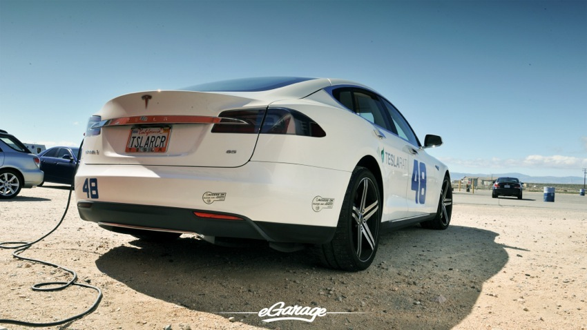 FRF 0471 Tesla Model S   The Ultimate Sports Car