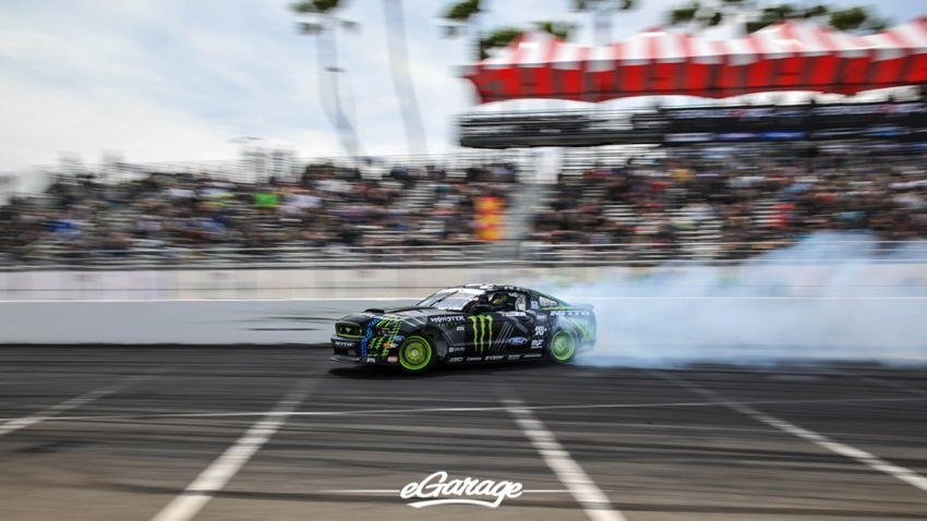FRF 1729 2014 Formula Drift Long Beach